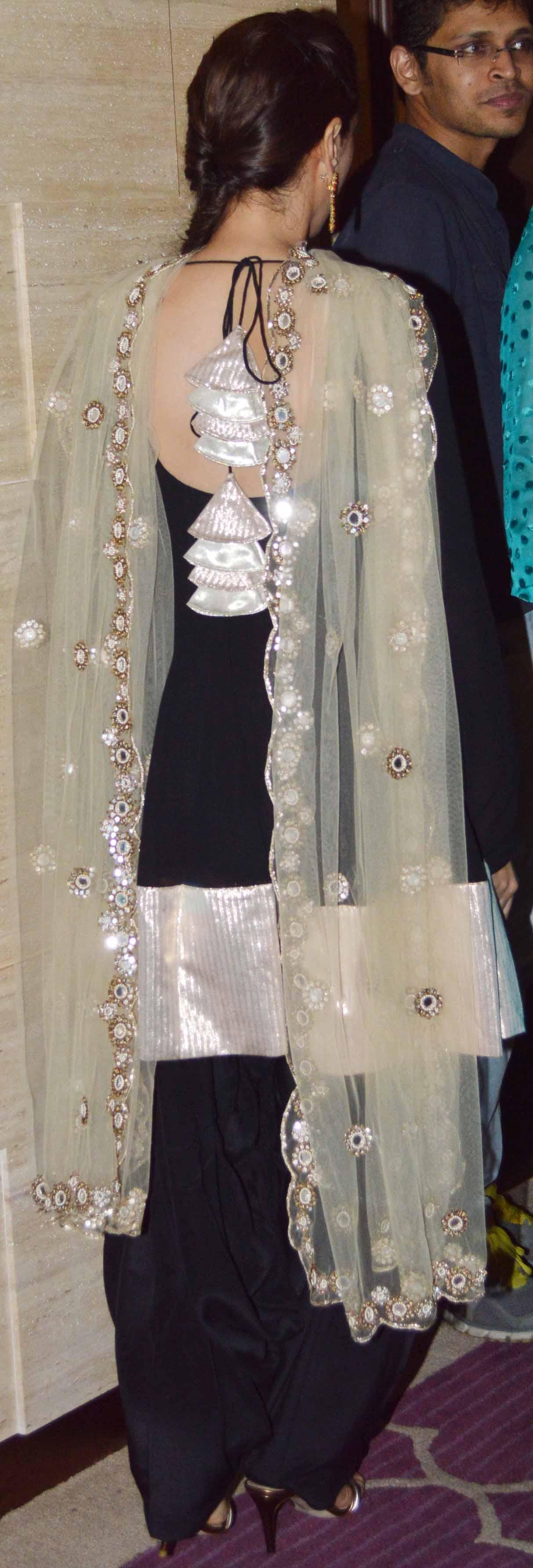 Makeup with mint green dress  Preety kalal preetykalal on Pinterest
