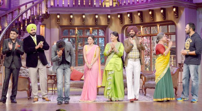 Kapil Sharma, Navjot Singh Sidhu, Shah Rukh Khan and Rohit Shetty