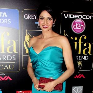 Sridevi in a teal gown at IIFA 2013.