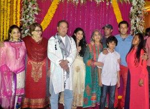 Alvira Khan,Helan,Salim Khan, Salma Khan,Atul Agnihotri,Salman Khan and Arpita Khan1