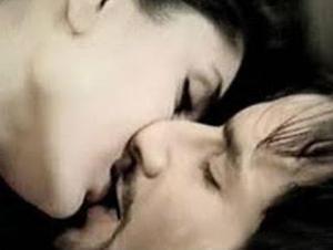 Kareena Kapoor with real life partner Saif Ali Khan.