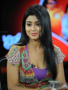 Shriya-Saran-Latest-Hot-Photos-173