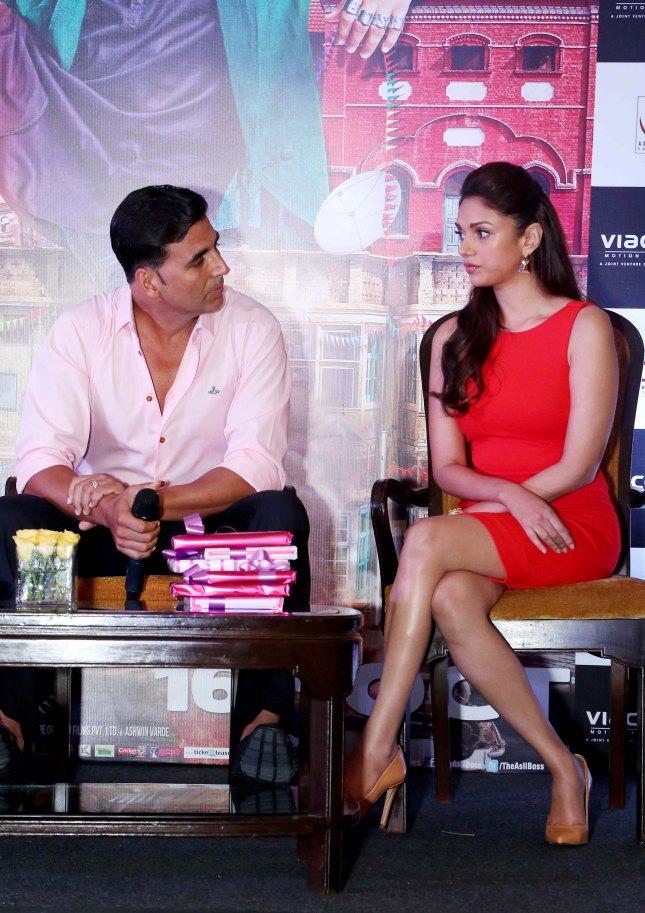Akshay Kumar and Aditi Rao Hydari