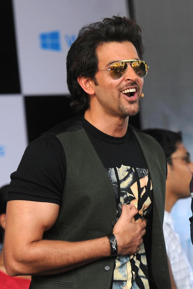 Actor Hrihik Roshan at the launch of Krrish 3 game at Dayananda Sagar College in Bangalore on Oct. 7, 2013. (Photo: IANS)