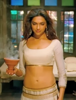 Deepika Padukone Sexy Hot Photos From Ram Leela Movie 1
