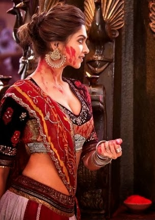 Deepika Padukone Sexy Hot Photos From Ram Leela Movie 2