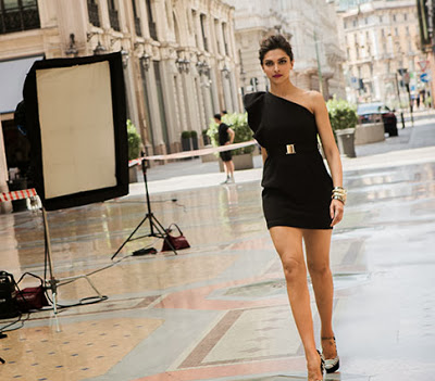 Deepika+Padukone%27s+Latest+Photoshoot+for+Van+Heusen+%286%29