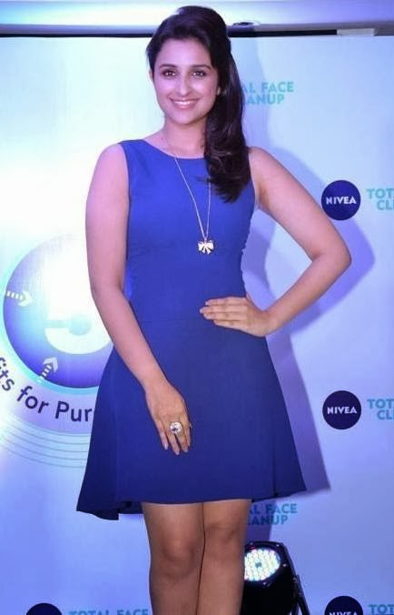 Parineeti+Chopra+Sexy+Photos+At+Nivea+Meet+And+Greet+Event+2013+(2)