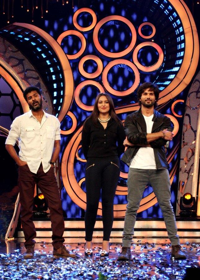 Prabhu Deva, Sonakshi Sinha and Shahid Kapoor (1)