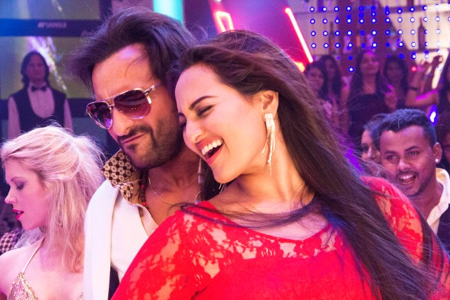 Saif Ali Khan and Sonakshi Sinha in the song Tamanche pe Disco from Bullett Raja (3)