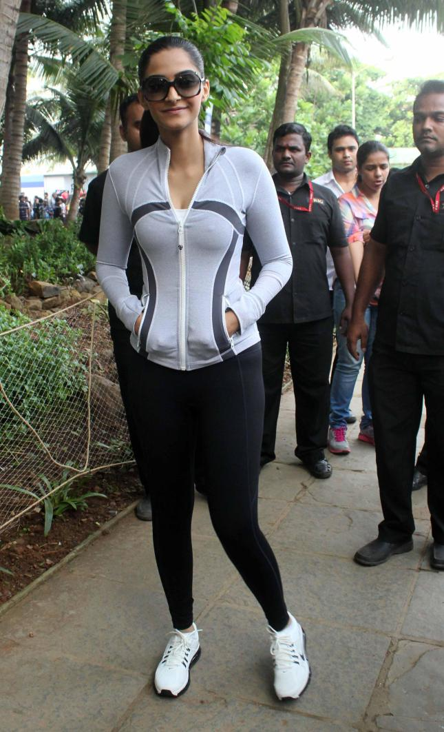 Actress Sonam Kapoor during the Max Bupa Walk for Health in Bandra, Mumbai on October 20, 2013. (Photo: IANS)