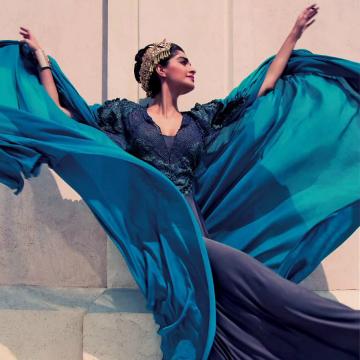 Sonam+Kapoor's+covershoot+for+Elle