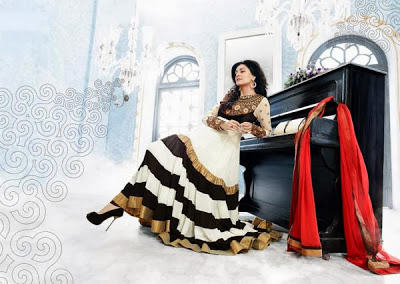 Sushmita+Sen%27s+New+Photoshoot+%284%29