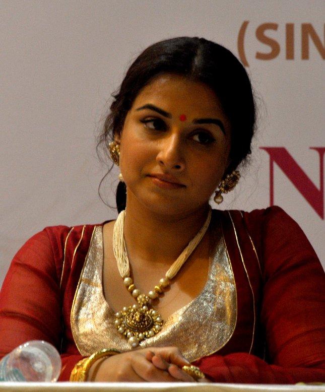 Vidya Balan  (39)