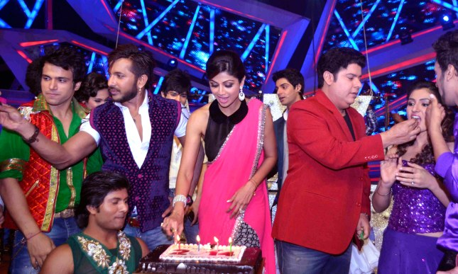 10_Terence Lewis, Shilpa Shetty and Sajid Khan_31Dec2013