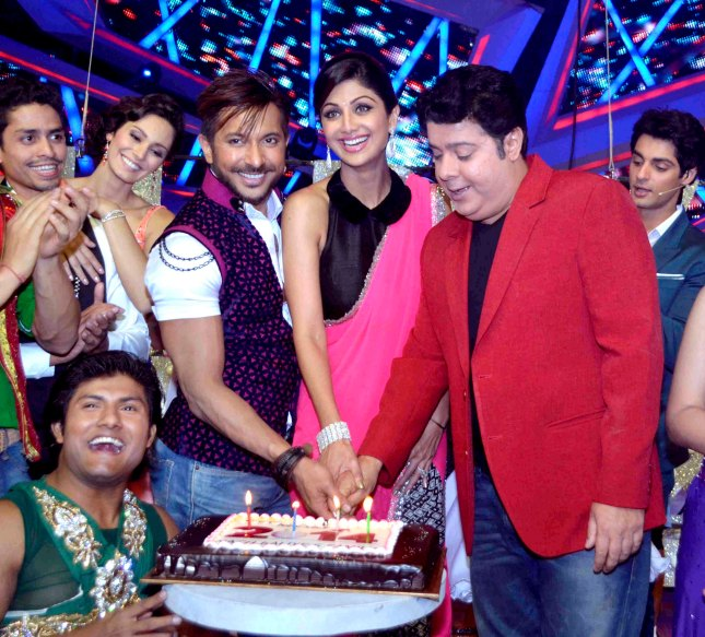1_Terence Lewis, Shilpa Shetty and Sajid Khan_31Dec2013